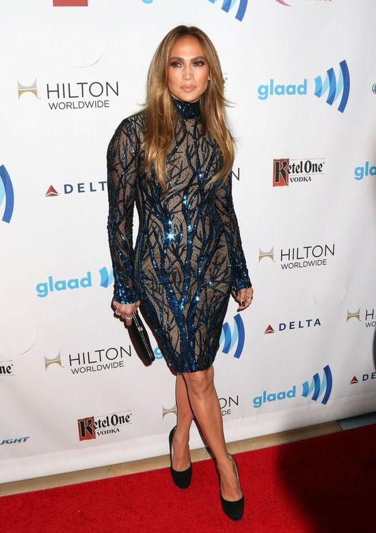 Najlepsze stylizacje gwiazd z GLAAD Media Awards (FOTO)
