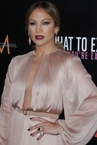 Jennifer Lopez w sukni Marii Lucii Hohan (FOTO)