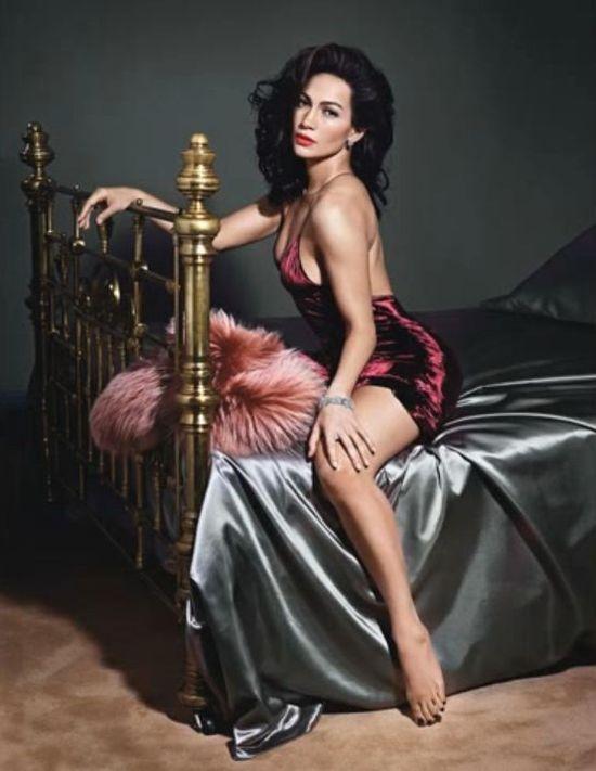 Uwodzicielska Jennifer Lopez dla W Magazine (FOTO)