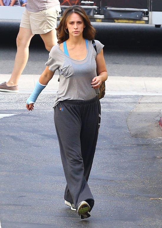 Milla Jovovich i Jennifer Love Hewitt bez makijażu