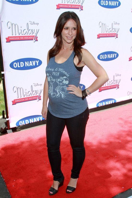 Jennifer Love Hewitt eksponuje ciążowy brzuszek