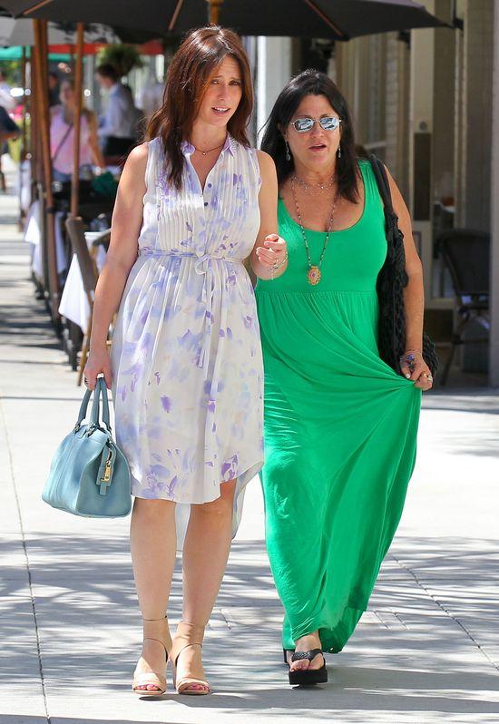 Jennifer Love Hewitt w letniej sukience