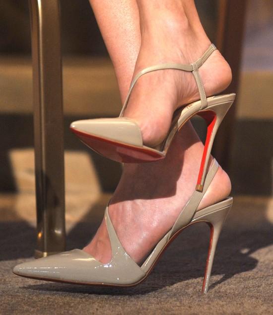 Jessica Alba w sukience Christiana Diora (FOTO)