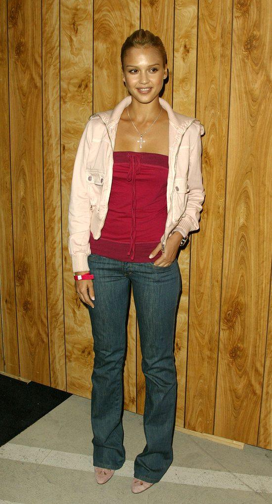 Jessica Alba i jej styl na przestrzeni lat (FOTO)