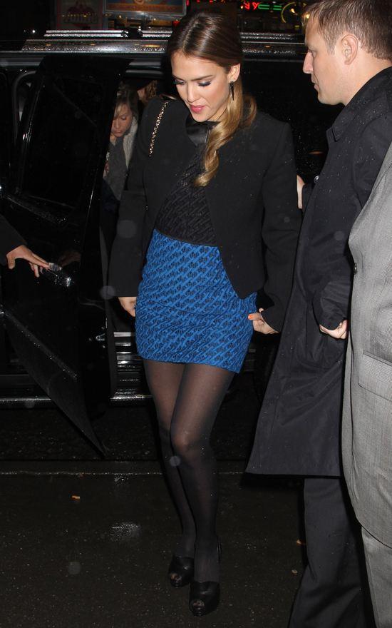 Jessica Alba w mini (FOTO)
