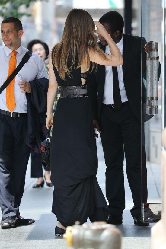 Jessica Biel w czarnej sukience (FOTO)