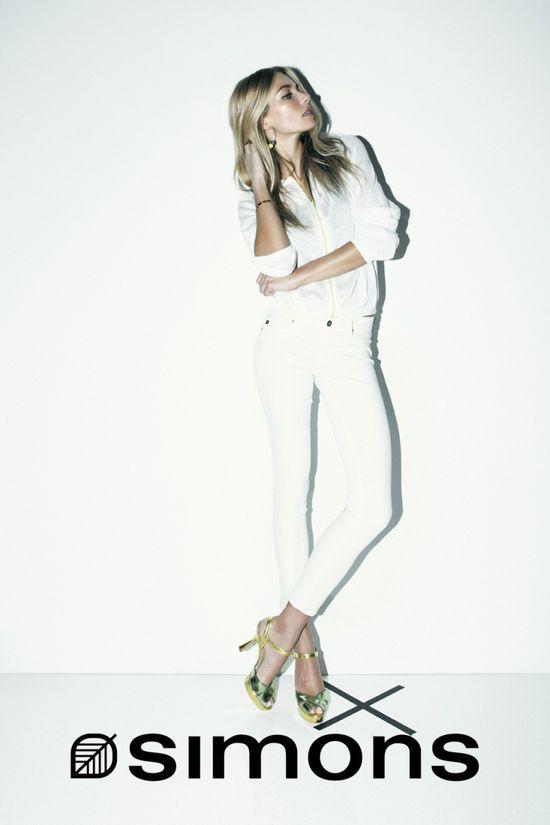 Jessica Hart w letniej kampanii  La Maison Simons (FOTO)