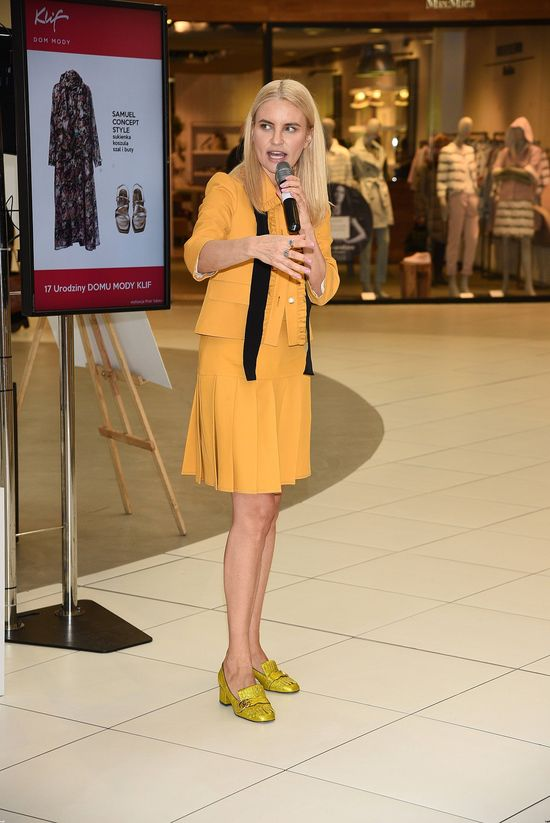 Joanna Horodyńska cała na żółto... CAŁA... (FOTO)