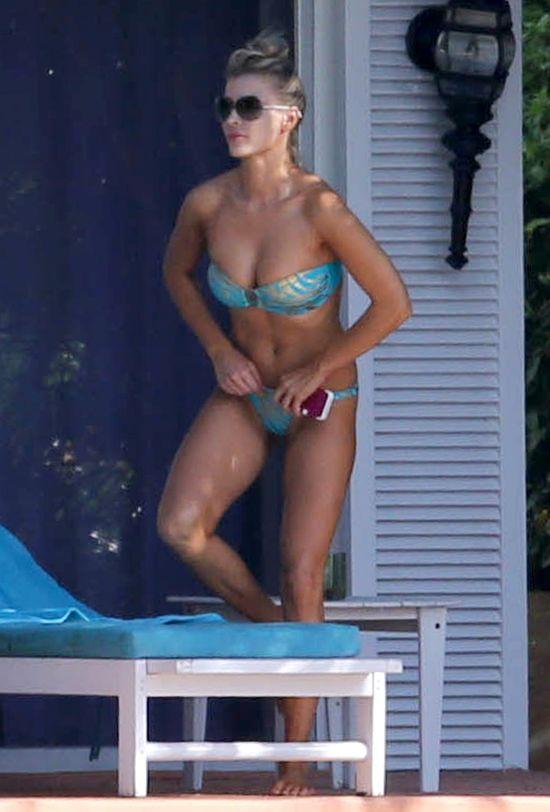 Joanna Krupa w błękitnym bikini (FOTO)