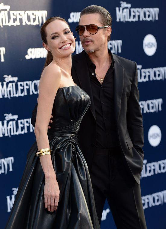 Angelina Jolie zachwyca kobiecością na okładce Vogue'a