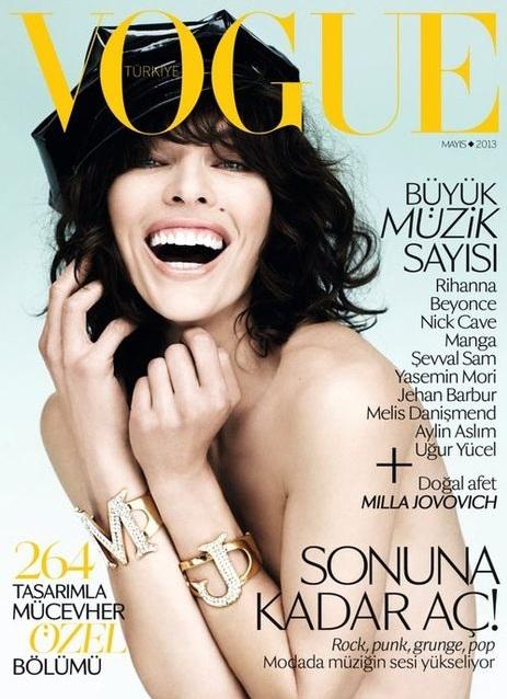 Milla Jovovich na majowej okładce Vogue Turkey