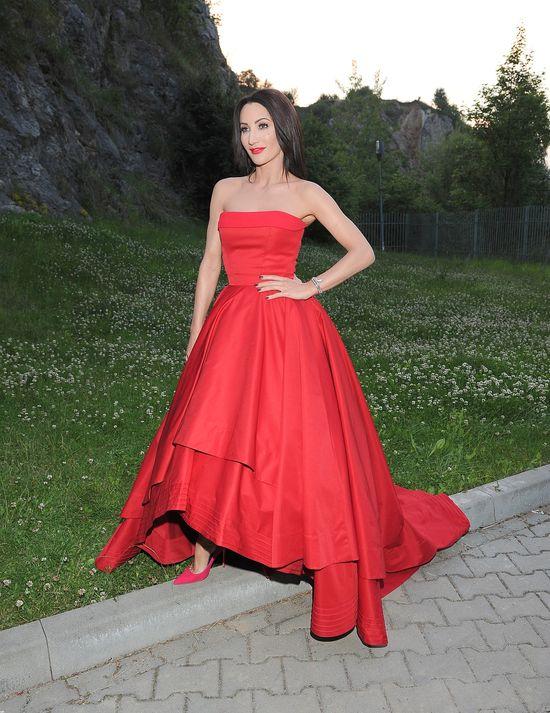 Damy w czerwieni - Ewelina Lisowska vs. Justyna Steczkowska