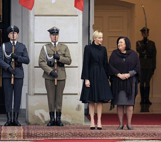 Skromna i piękna Księżna Monako Charlene (FOTO)