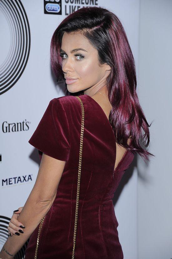 Bordowe włosy Natalii Siwiec (FOTO)