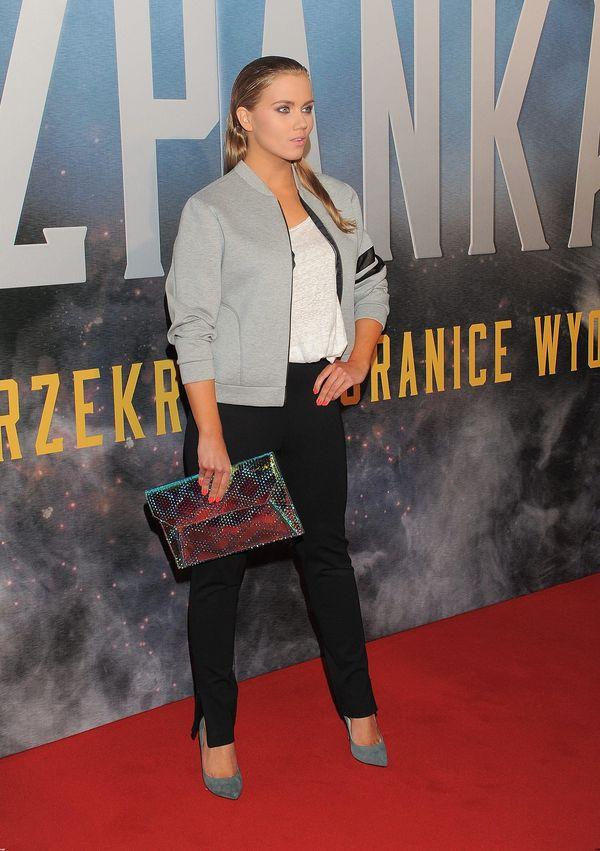 Kaczorowska postawiła na fryzurę typu wet look (FOTO)