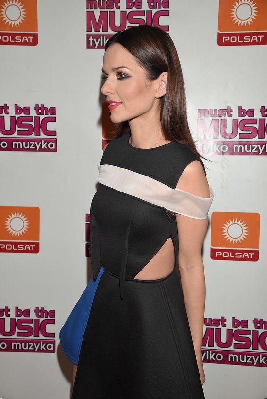 Paulina Sykut w asymetrycznej sukience (FOTO)