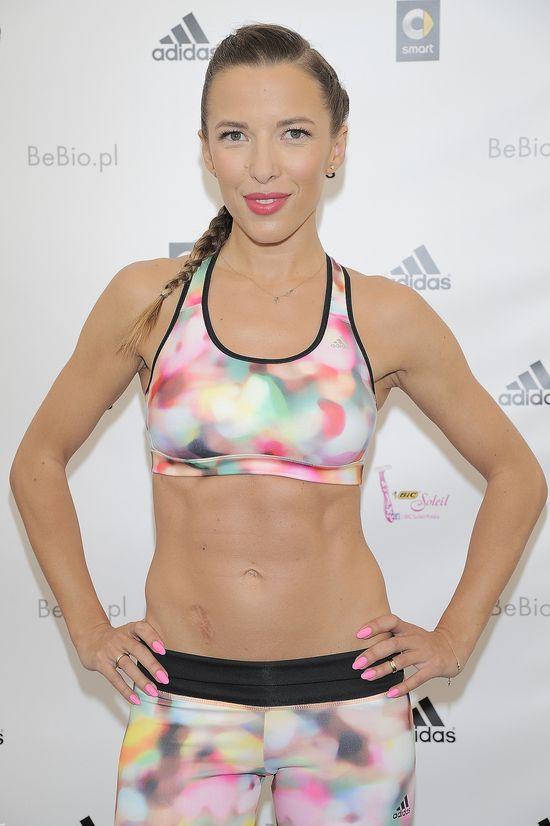 Ewa Chodakowska wie jak się malować do sportowego stroju