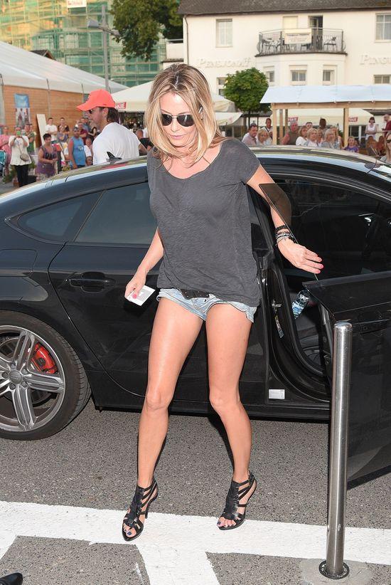 Małgorzata Rozenek pochwaliła idealnymi nogami (FOTO)