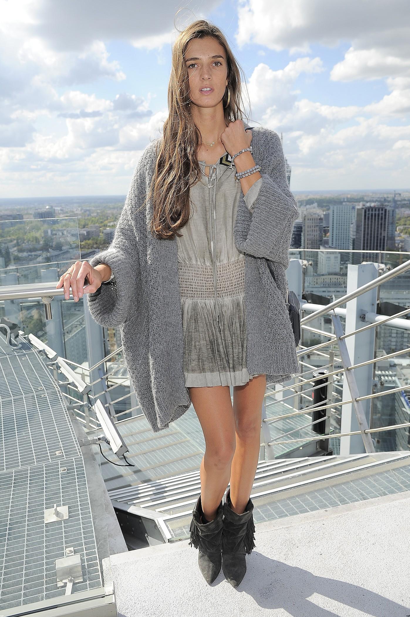 Kamila Szczawińska w H&M, Simple i Mokobelle (FOTO)