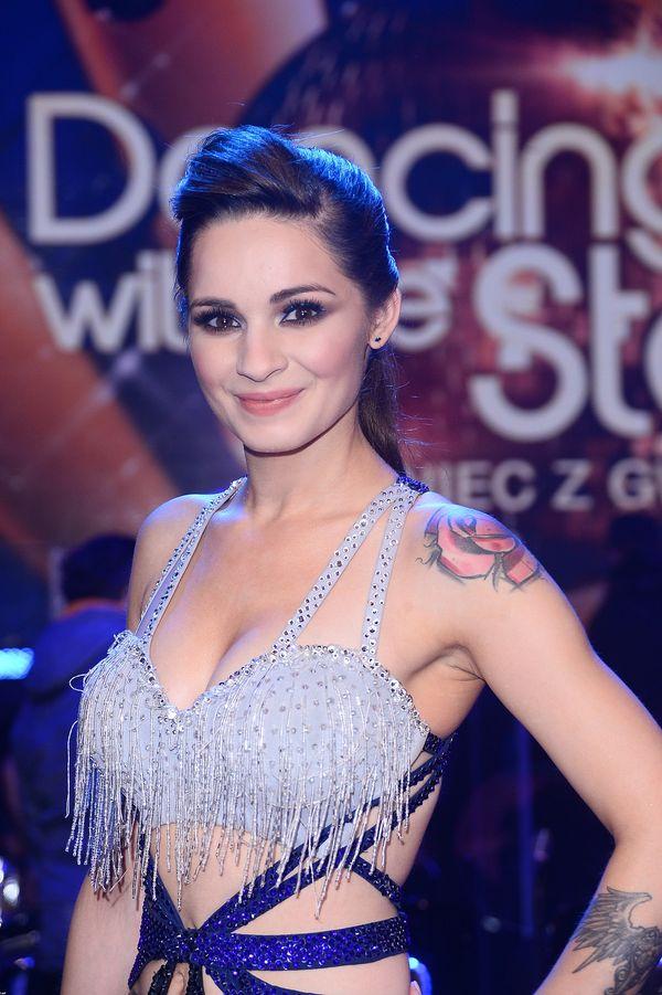 Ewelina Lisowska również uległa modzie na brązowe usta
