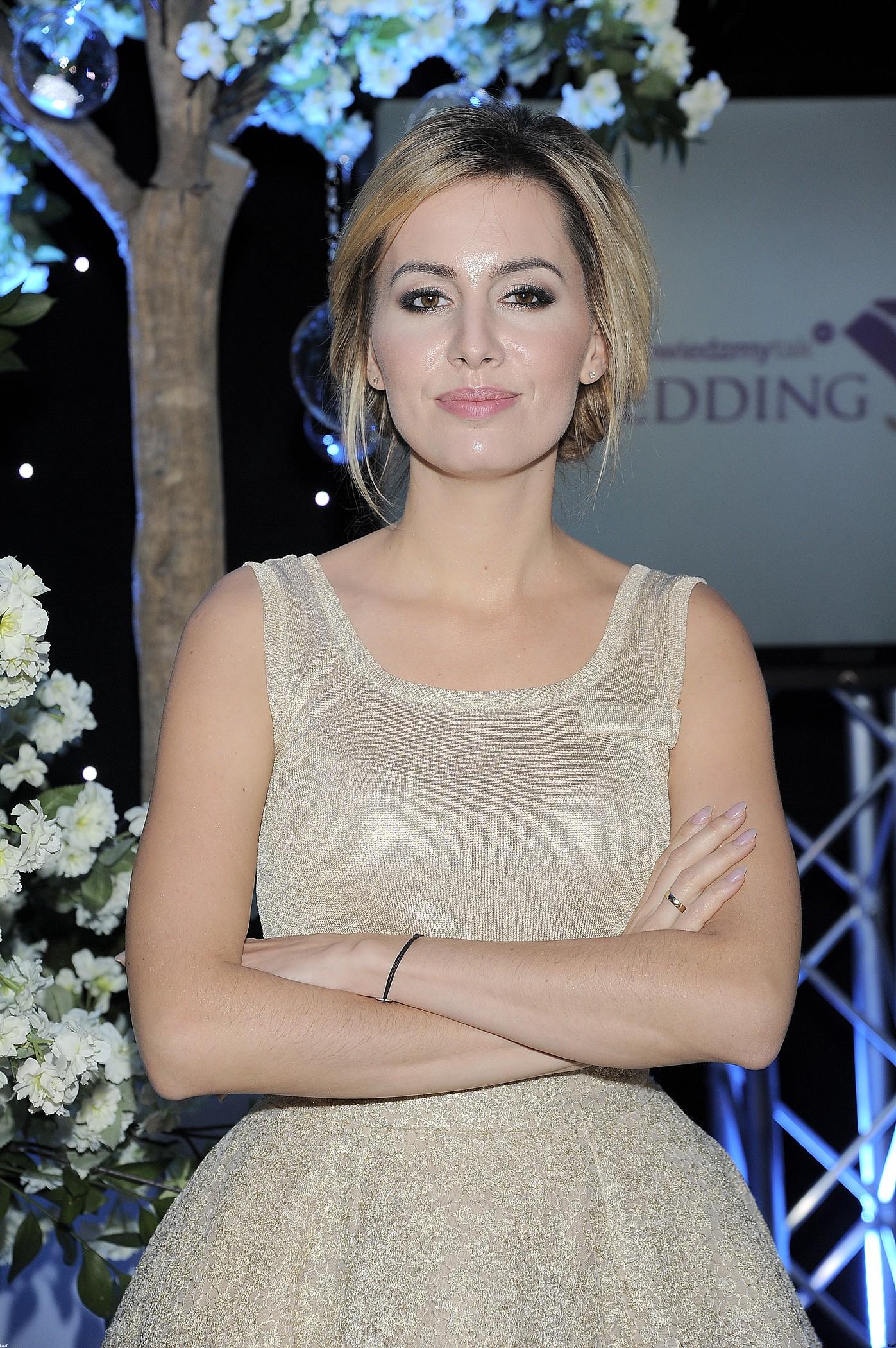 Agnieszka Popielewicz prezentuje sukienki na wesele (FOTO)