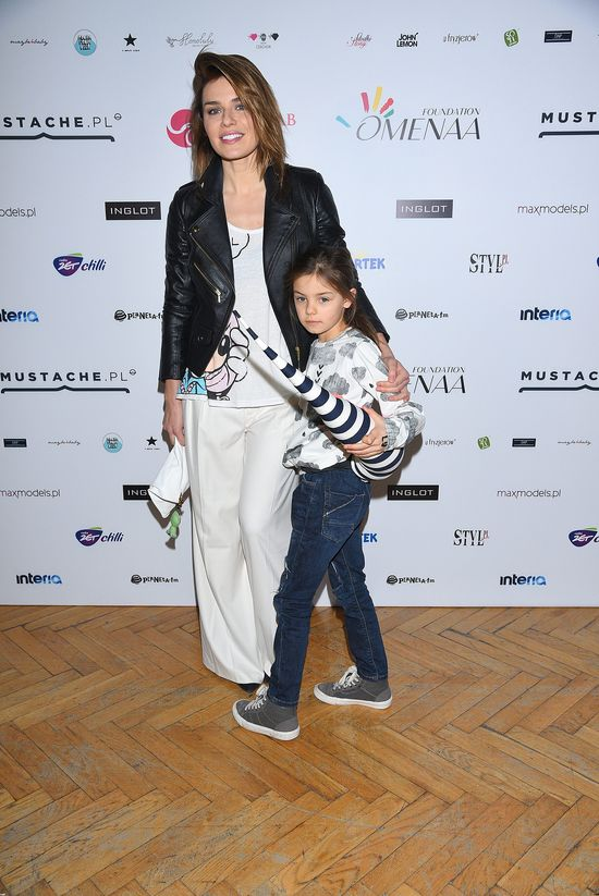 Natasza Urbańska pozuje ze śliczną córeczką (FOTO)