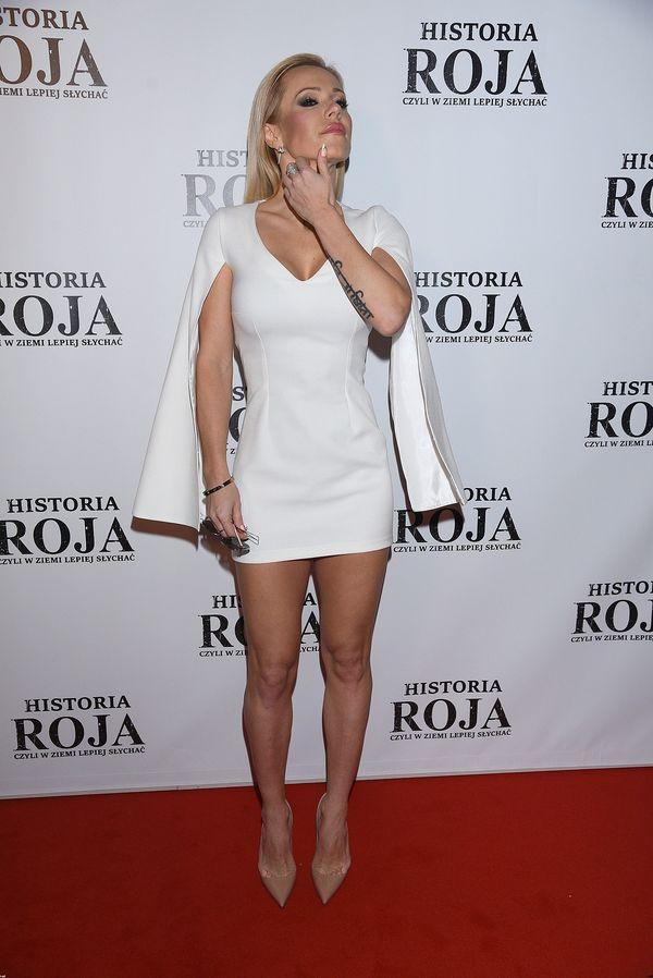 Doda przesadziła z długością sukienki? (FOTO)
