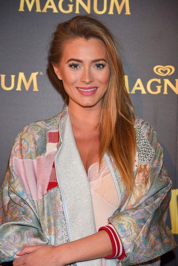 Ewa Mielnicka: bardzo długo płakałam po oddaniu korony Miss Polski