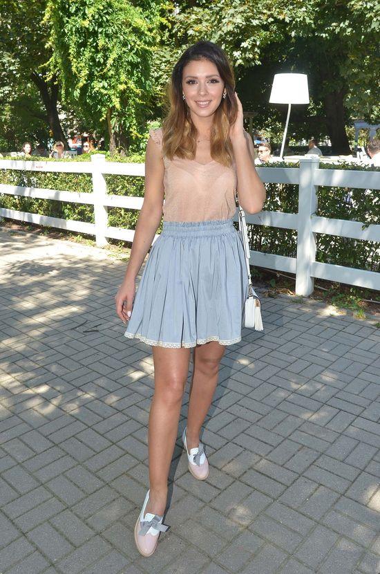 Klaudia Halejcio w dziewczęcej, letniej stylizacji (FOTO)