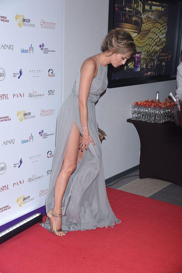 Agnieszka Hyży wyszła na imprezę... bez majtek? (FOTO)