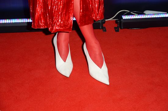 Naprawdę chcecie zobaczyć jakie buty Joanna Horodyńska założyła do tej kreacji!