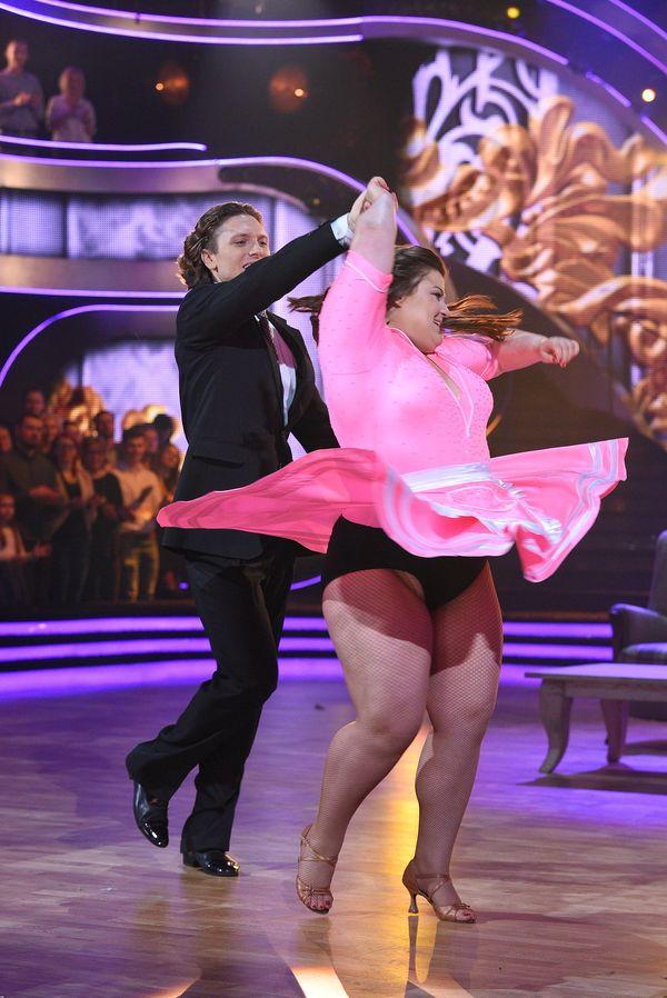 Dominika Gwit nie powinna eksponować nóg? Zobaczcie jej najnowsze zdjęcia (FOTO)