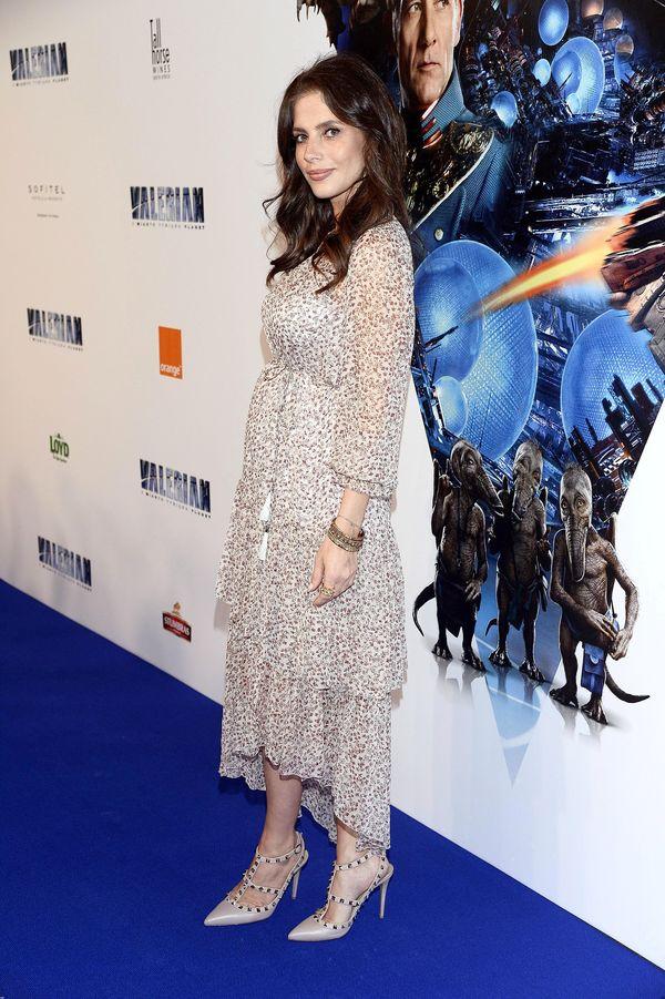 Weronika Rosati pierwszy raz chwali się ciążowym brzuszkiem na ściance! (FOTO)