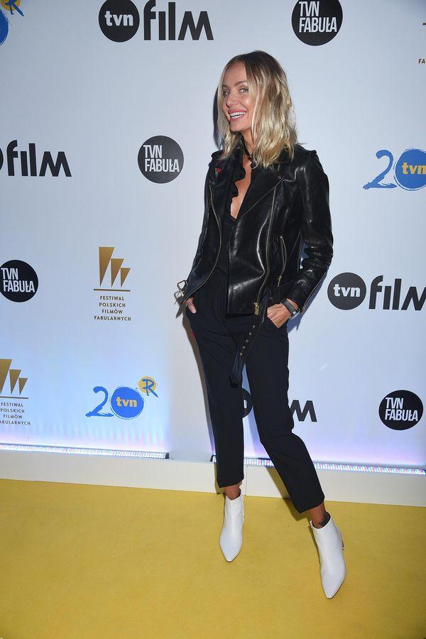 Musicie zobaczyć buty, które Agnieszka Szulim dobrała do swojej stylizacji!