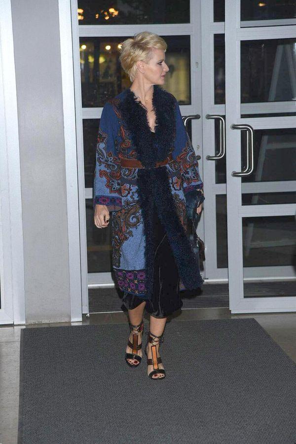 Ojej... A co to za płaszcz? Małgorzata Kożuchowska nie popisała się stylizacją..