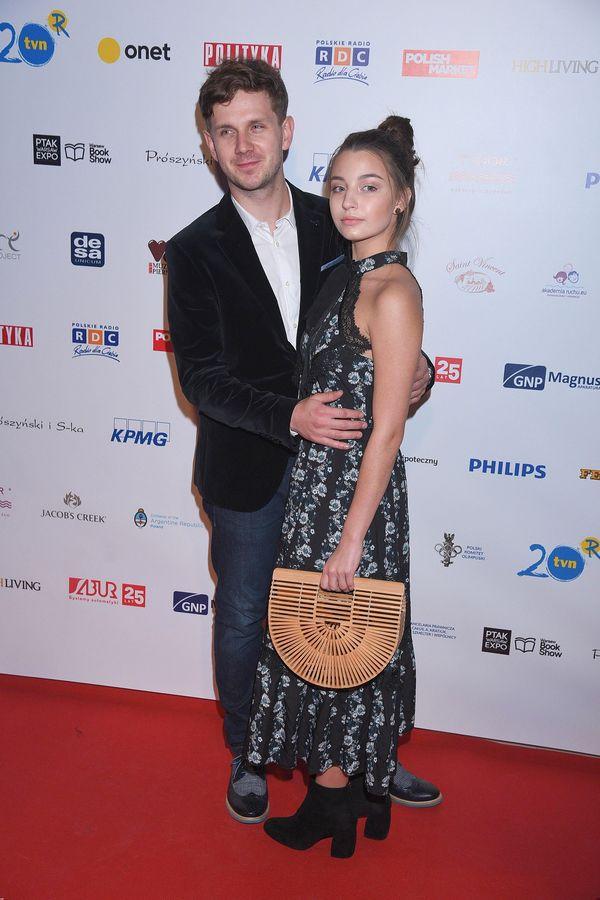 Julia Wieniawa pożyczyła torebkę od Jessiki Mercedes? Zobaczcie jej stylizację!