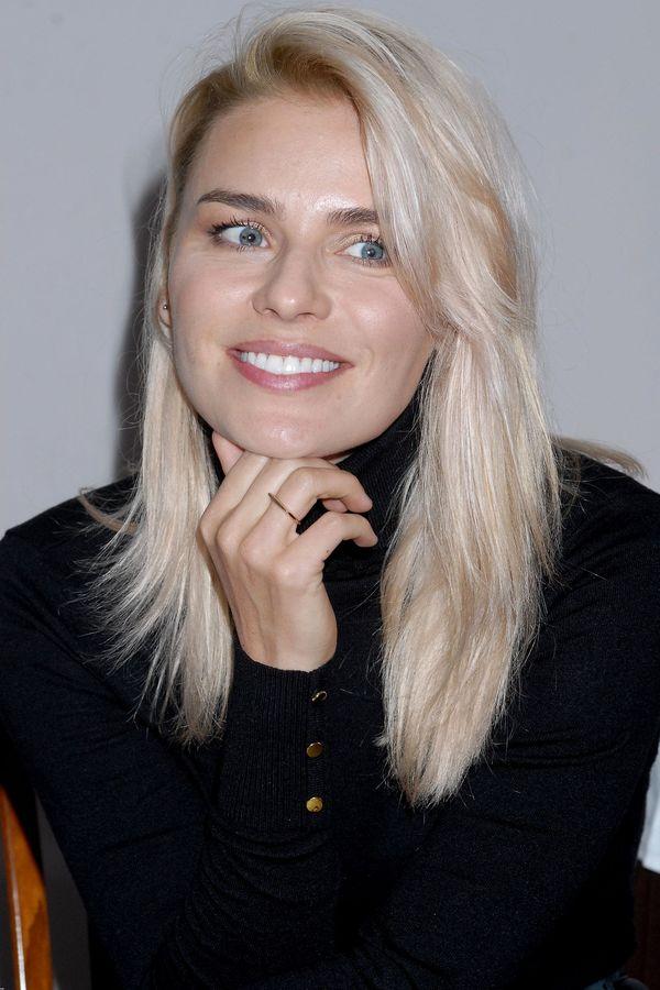 Natasza Urbańska już tak nie wygląda! Na jej włosach zagościła... platyna?