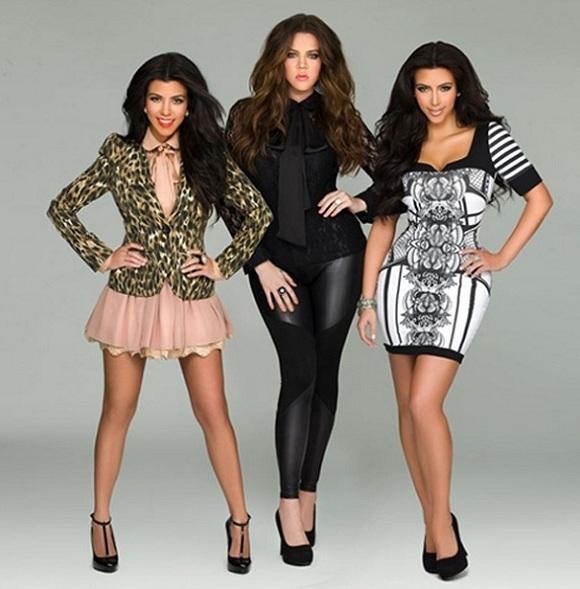 Siostry Kardashian na okładce grudniowego Cosmopolitan UK