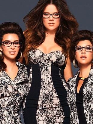 Siostry Kardashian prezentują linię okularów (FOTO)