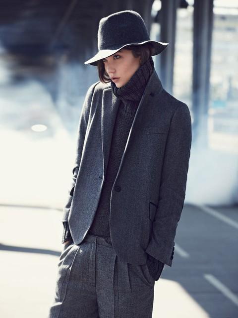 Karlie Kloss w zimowym lookbooku Mango