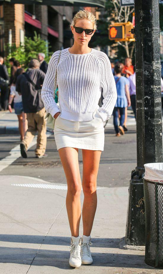 Karolina Kurkova latem wybiera biel