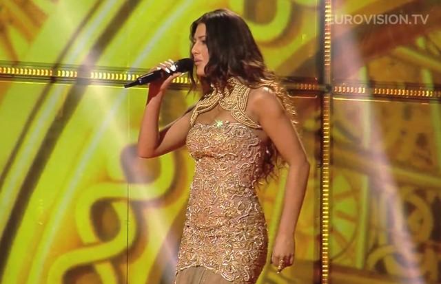Conchita Wurst i Kasey Smith - podobne kreacje na Eurowizji