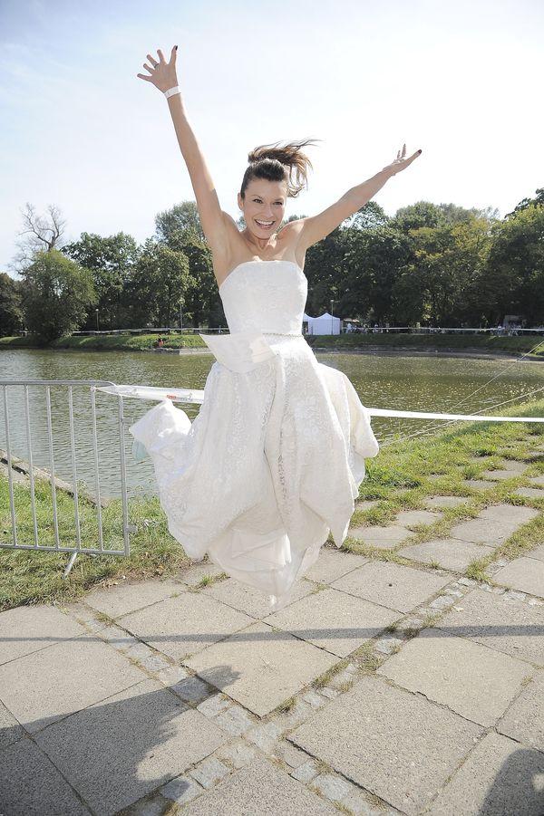 Dziesiątki gwiazd i celebrytek w sukniach ślubnych! (FOTO)
