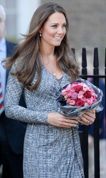 Królowa Elżbieta chce zmienić styl Księżnej Catherine?