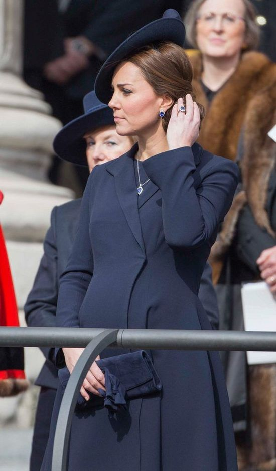 Kim Kardashian chciała podlizać się Kate Middleton... (FOTO)