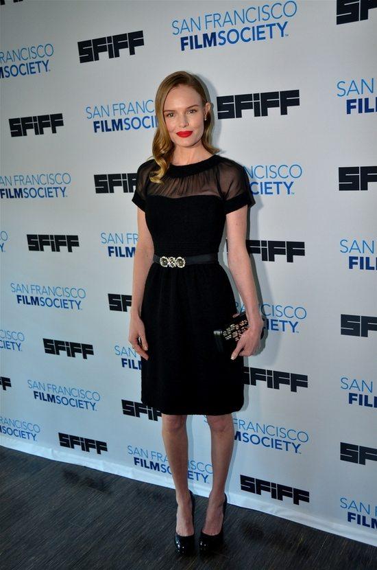 Seksowna mała czarna Kate Bosworth (FOTO)