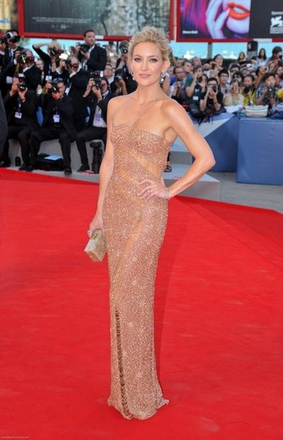 Kate Hudson w Atelier Versace (FOTO)
