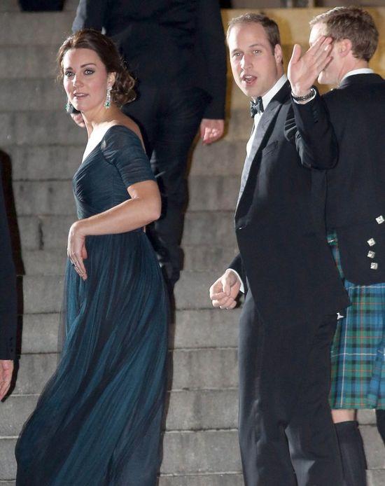 Kate Middleton zachwyca ciążowymi stylizacjami? (FOTO)