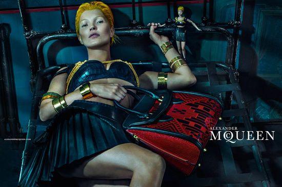 Krótkowłosa Kate Moss w kampanii Alexander McQueen!