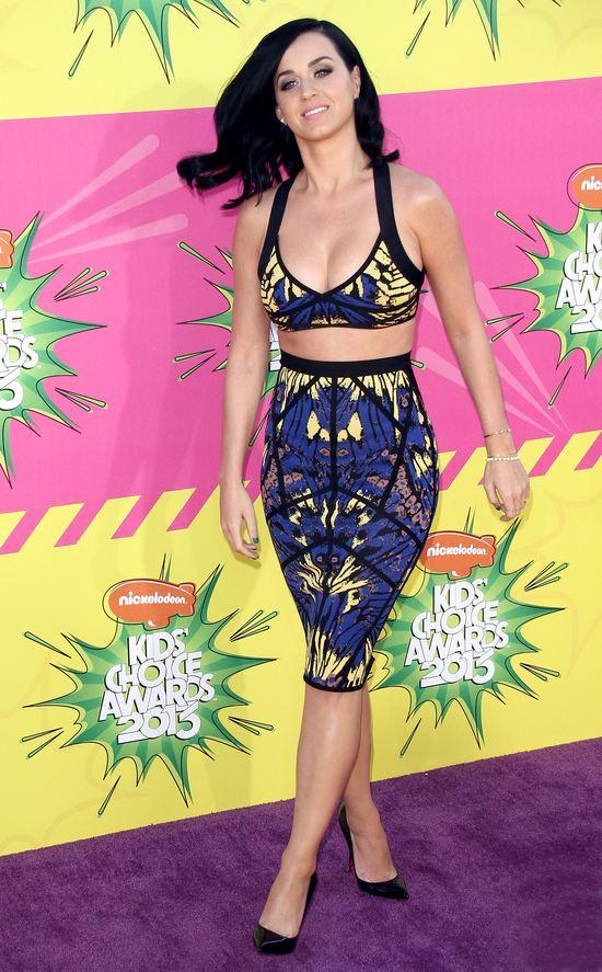 Katy Perry  odsłoniła brzuszek (FOTO)